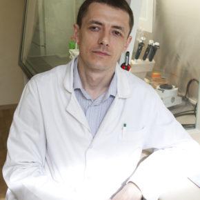 микробиолог_Роман_Овчинников
